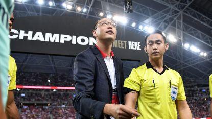 De toss voor de oefenwedstrijd PSG-Arsenal: niet met een muntje maar met een... kredietkaart