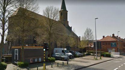 """Frietkot aan Baarle-kerk gaat weg: """"Al jaren gesloten en uitbater nergens meer te vinden"""""""