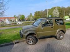Man wordt onwel in auto en ramt daarna meerdere auto's in Eindhoven