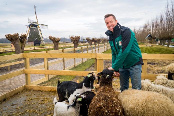 Michael van Hoorne op de Avonturenboerderij Molenwaard.