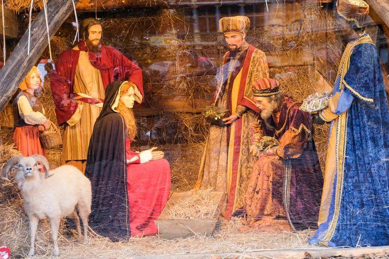Maria en Jozef moesten het een tijdje zonder kindje Jezus stellen.