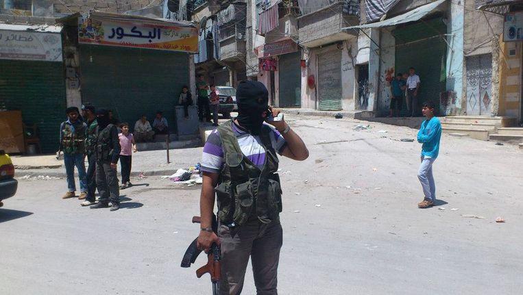 Leden van het Vrije Syrische Leger in Aleppo. Beeld REUTERS