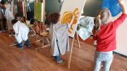 Kinderen leren alles over EHBO en de wijkagent