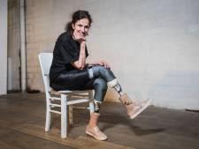 Krista van docureeks Gentbrugge schreef tweede boek nadat ze beide onderbenen verloor door vleesetende bacterie