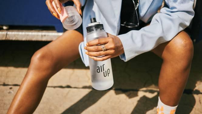 Limonade proeven en toch water drinken? Het kan dankzij deze innovatieve drinkbus