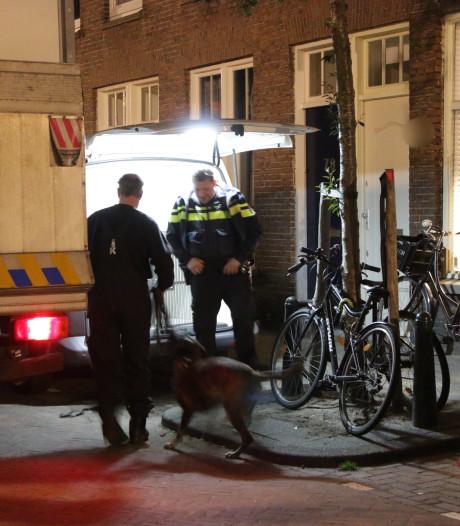 Politie vindt 250 wietplanten in woning aan Nicolaas Tulpstraat, plantage ontruimd