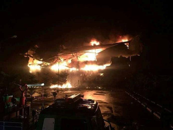 De brand in het winkelcentrum in Davao.