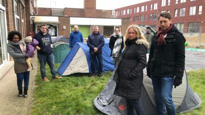 Ook in Zaventem kamperen ouders voor de schoolpoort