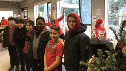 BSBO De Brug hield vroege 'Rode Neuzen'-kerstmarkt