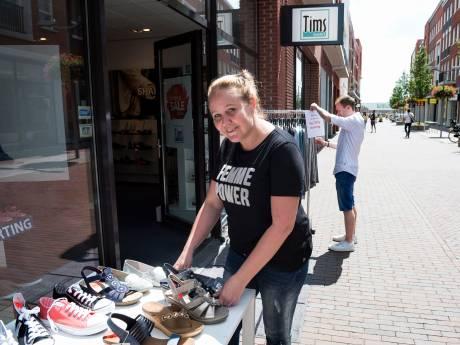 Winkelhart vrijwel uitgestorven op eerste koopzondag Waddinxveen