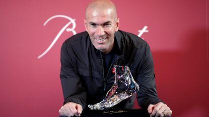 """Zidane zinspeelt op comeback als trainer: """"Dat is wat ik leuk vind"""""""
