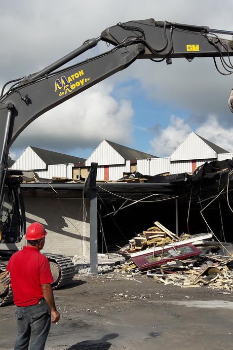 VIDEO: De Werft in Kaatsheuvel tegen de vlakte