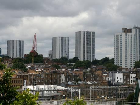 Britse regering: 27 flats kampen met brandveiligheidsproblemen