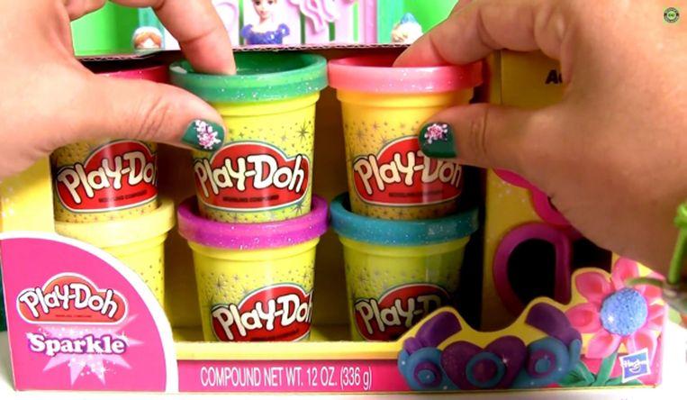Een screenshot van een video van DC Toys Collector. Beeld YouTube