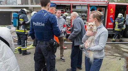 Twintigtal bewoners geëvacueerd door keukenbrand
