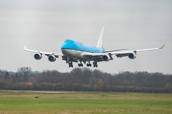 De aankomst van de Boeing 747 op Twente Airport