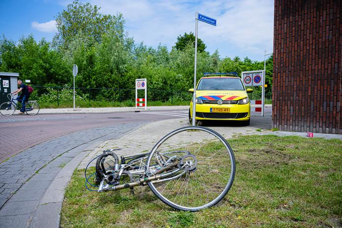 Een fietser raakte gewond na een aanrijding in Tilburg.
