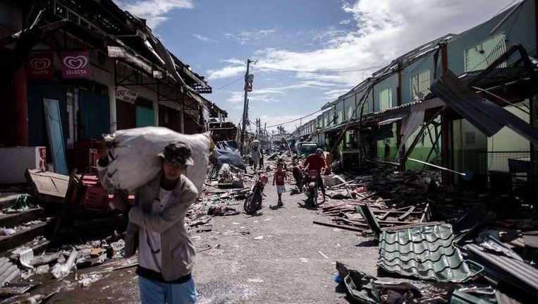 Leyte, een verkeukeld eiland na de komst van tyfoon Haiyan Beeld null