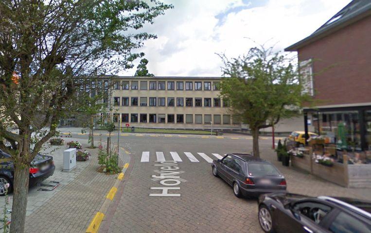 Het Hofveld wordt afgesloten ter hoogte van het ziekenhuis en de Bloklaan.