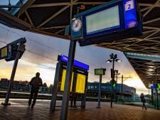 NS-staking zorgt voor zondagse maandag op Brabantse stations