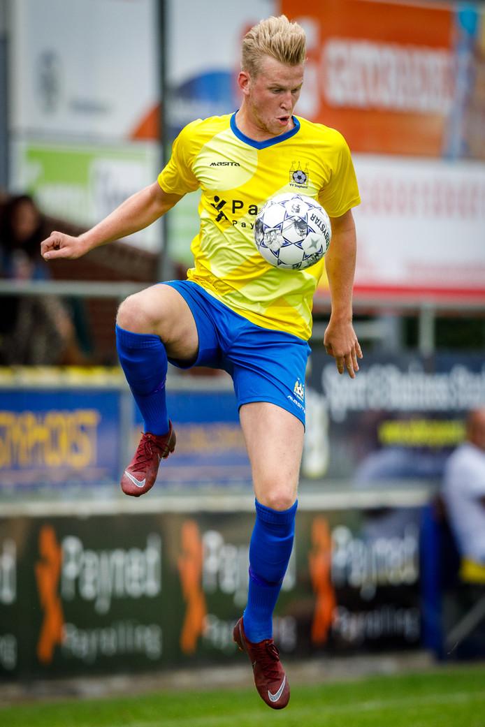 Nieuwkomer Stan Haanstra heeft zijn eerste doelpunt voor Staphorst gemaakt.