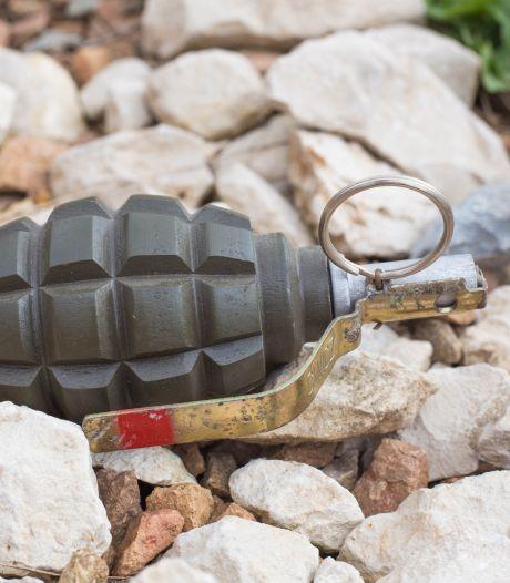 Tasje met twee handgranaten verstopt in tuin, 29-jarige man opgepakt