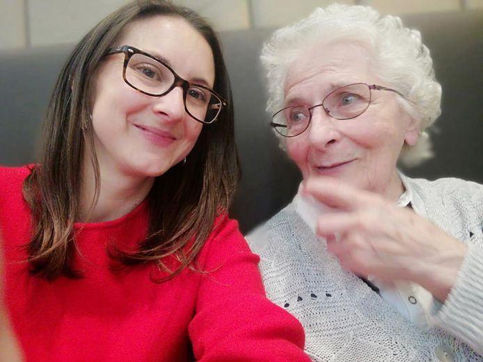 Psycholoog en gerontoloog Charlotte Brys van praktijk 'Chartoloog' werkt al negen jaar met oudere mensen.