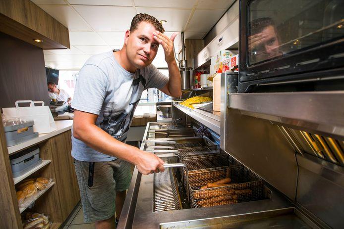 Vincent Dirvens, eigenaar van De Smulhoek: ,,Is het zo heet, ging de airco stuk!''