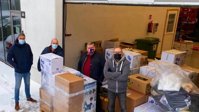 """Vijf Oost-Vlaamse vrienden starten inzamelactie voor vluchtelingenkamp Duinkerke: """"Die mensen verdienen een toekomst, en wij willen helpen"""""""