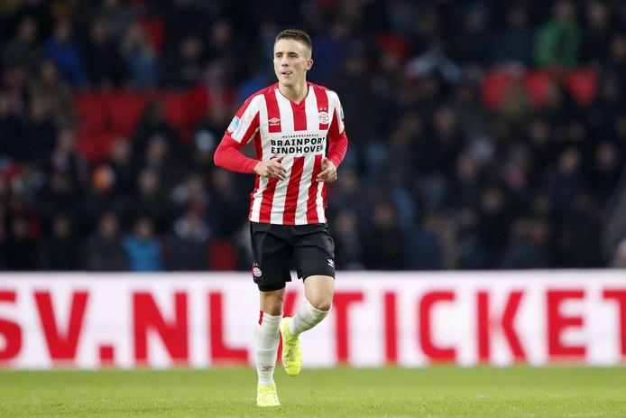 Ryan Thomas maakte zijn debuut bij PSV, na veertien maanden.