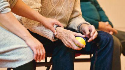 Palliatieve zorgverlener getuigt: van deze vijf dingen hebben mensen het meeste spijt