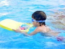 Ieder kind moet verplicht op zwemles!
