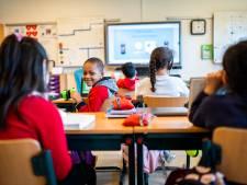 Op deze Arnhemse school zitten (bijna) alle leerlingen in de noodopvang: 'Onlinelessen waren ramp'