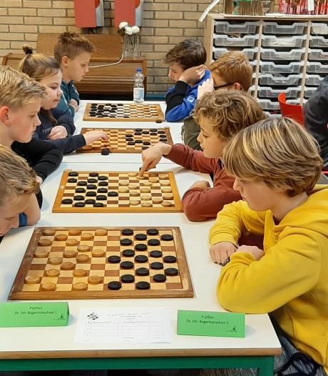 Teams Bogermanschool en Morgenster behouden kampioenstitel dammen op Schouwen-Duiveland