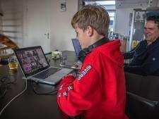 Tycho (11) uit Zwolle worstelt met middelbare schoolkeuze door online voorlichtingen