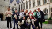 Twaalf leerlingen staan dagloon bij stad af aan goed doel