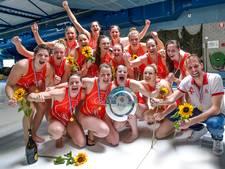 Utrechtse waterpolosters kampioen: 'Gewoon die bal in de kruising knallen'