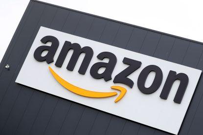 """Amazon-'ambassadeurs' komen bedrijf nogal knullig ter verdediging op Twitter: """"Het is hier echt geweldig"""""""