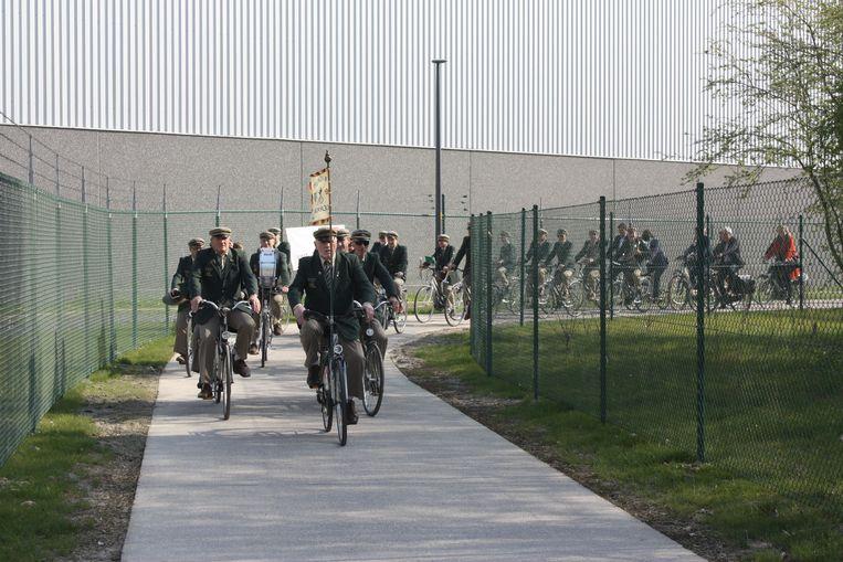De Groene 62 tot aan de Konterdamkaai werd ingehuldigd met de fietsfanfare