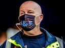 Ook de stewards moesten een mondkapje dragen.