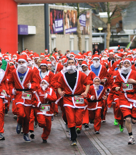 Ho-ho-hollen geblazen: Santa Run keert terug in Roosendaalse binnenstad