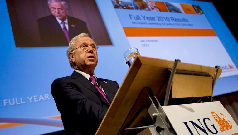 Jan Hommen bij de presentatie van de ING-jaarcijfers over 2010. Beeld null