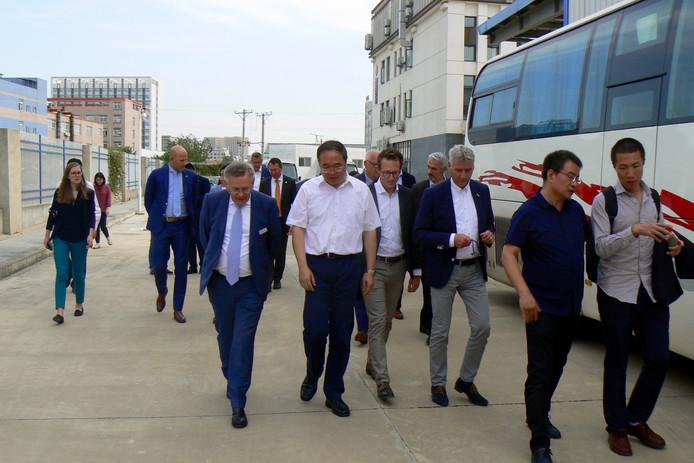 Gelderse handelsdelegatie op bezoek bij het Chinese waterstofbedrijf Hyner Tech.