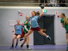Handbalsters DFS buigen ook voor nummer laatst, ESCA geeft forse voorsprong prijs