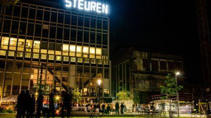 'Steuren' is eerste woord van nieuw lichtkunstwerk in het Sluispark
