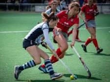 Hockeyvrouwen Pelikaan stellen titel veilig na bizar slot tegen Dopie