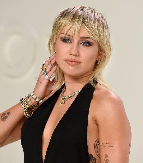 Nieuw album Miley Cyrus: 'Helemaal goed komt het met Plastic Hearts nooit meer'