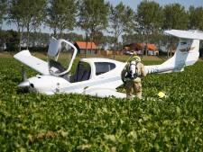 Piloot ongedeerd, maar sportvliegtuigje zwaar beschadigd na noodlanding in suikerbietenveld