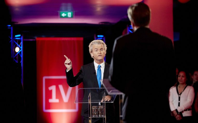 Pechtold en Wilders tegenover elkaar tijdens het EenVandaag debat in aanloop naar de provinciale Statenverkiezingen op 18 maart 2016. Beeld ANP