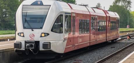 Bussen en treinen liggen ook in Achterhoek dinsdag plat vanwege staking